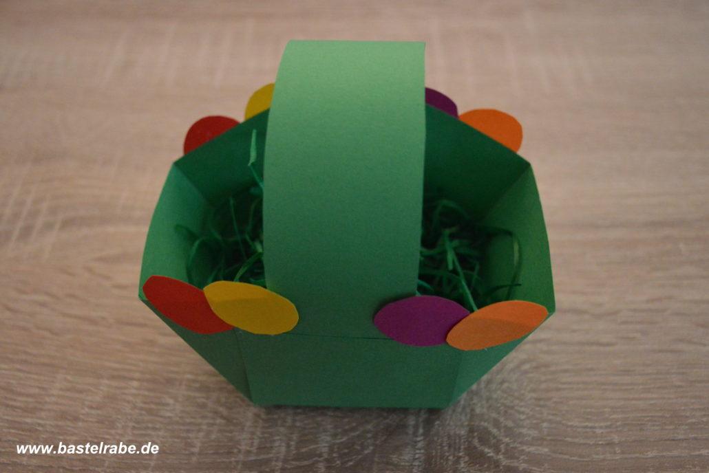 Hervorragend Osterkorb basteln - so bastelst Du aus Tonpapier ein tolles TO72
