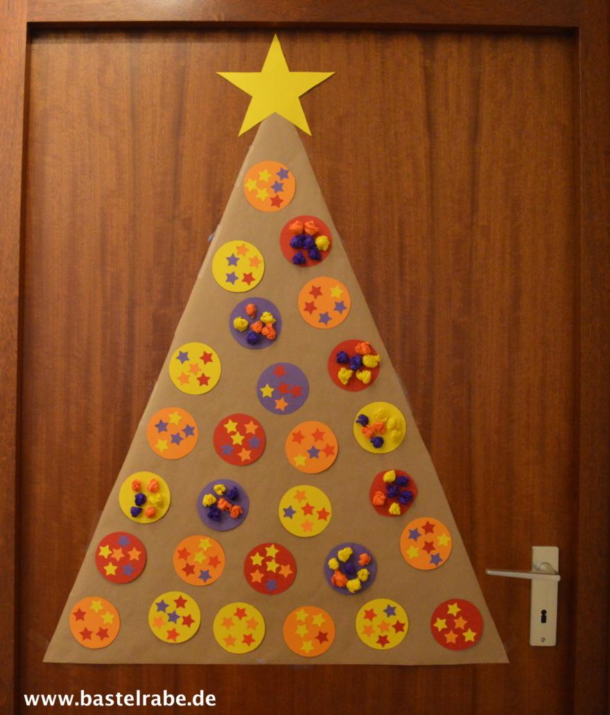 Familienweihnachtsbaum basteln